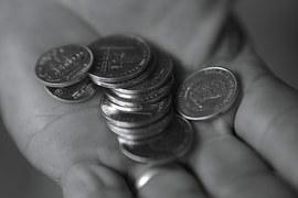 Scandaleuse suppression des bourses d'agrégation